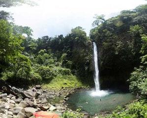 Arenal 4 in 1 Tour - Hanging Bridges + La Fortuna Waterfall + Arenal Volcano Hike + Titoku Hot Springs
