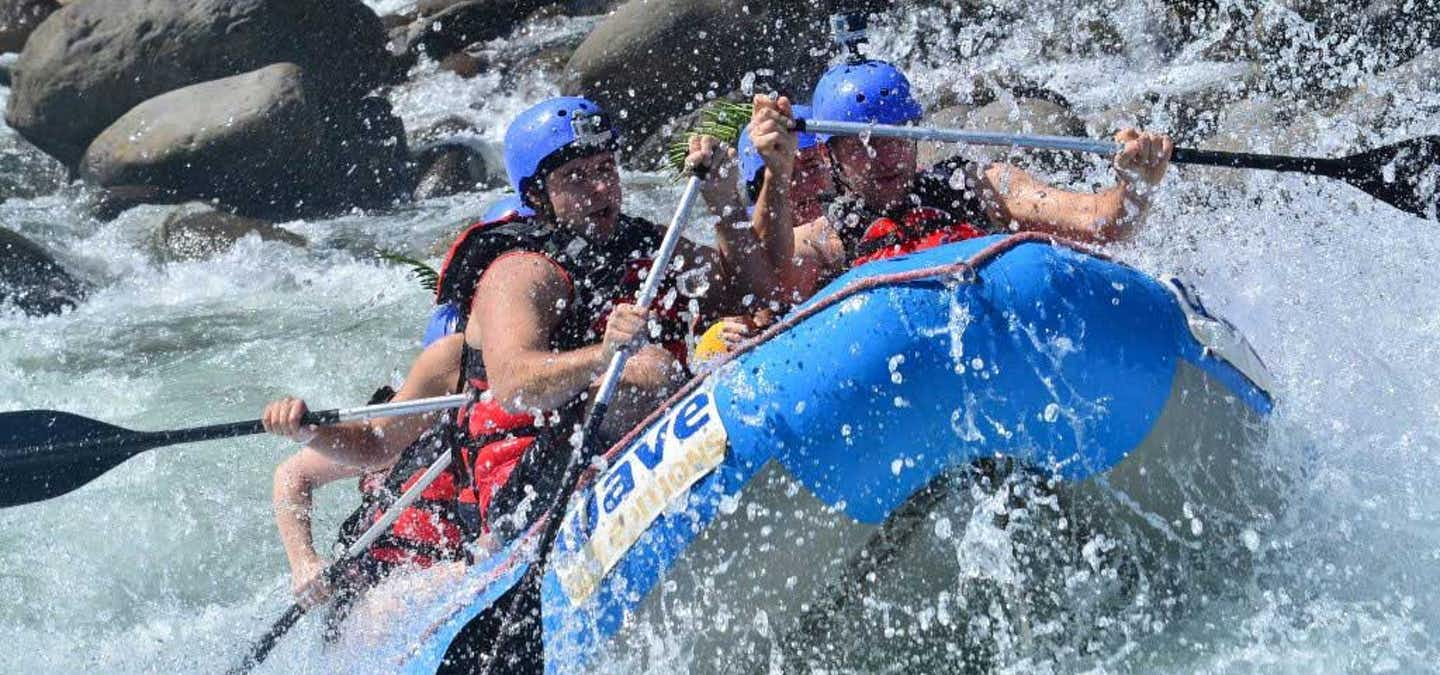This is an adventure for everyone! Entire families can be part of this tour as well as the ones who have never done rapids on a river before, this excursion is ideal for beginners, kids (8 years old and over) and anyone who wants to try a real adventure in the rainforest.