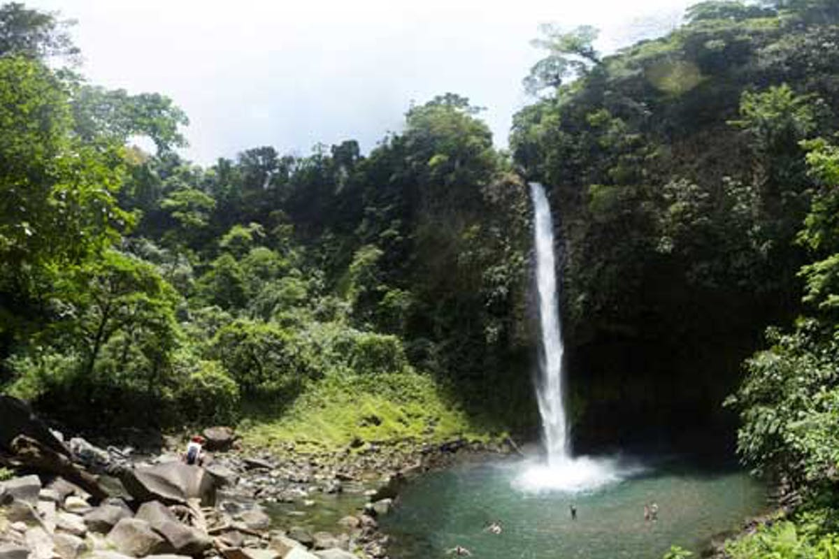 Arenal Fortuna Waterfall 1