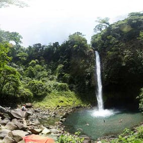 La Fortuna Waterfall 1
